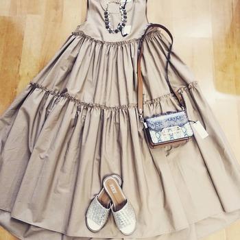 ‼️ saldiiiii ‼️ #dress #vicolodress #newinshop #summerlook #summeroutfit #summerlove #detailsoftheday #accessoriesoftheday #nalibijoux #shoppingtime #shoes #gold #ciabatta #rasoterra #pixishoes #instalike #instalook #instafashion #foolow #followers #following #blogger #moodoftheday #ipanemacapurso