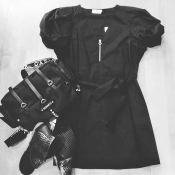 ‼️ saldiiiii ‼️ #totallook #totalblack #freestyle #vicolooutfit #cafenoirshoes #francescomilano #accessoriesoftheday #details #summerlook #fashiondiaries #moodoftheday #wensdaymood #vibes #vicologirl #like4likes #loveshopping💞 #blogger #fashionlook #lookstyle #photooftheday #ipanemacapurso🌈