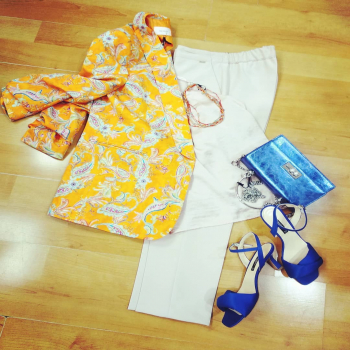 #lookstyle #styleblogger #stylegram #bloggerstyle #styleinspiration #colors_of_day #orange #pink #bluette #glamourphoto #glamourphotography #glamfanatics #moodoftheday #moodinspiration #moodoftheday #glam #glamfanatics #instagram #instphoto #loveshopping💞 #like4likes #loveit #lmondaymotivation #📲3515329580 #contattaci📩direct #ipanemacapurso♥️