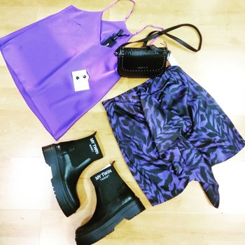 #vicolooutfit #newcollection #violet #black #lookstyle #lookbook #loveshopping💞 #fashiondiaries #fashiongirl #fashionblogger #musthave #moodoftheday #sundaymood☀️ #sundayvibes #positivevibes #vicologirl🔝 #fashiondiaries #photographylovers #totallook #ipanemacapurso♥️