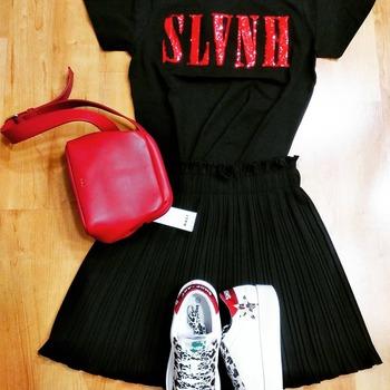 ‼️ info e spedizioni al numero WhatsApp 3515329580‼️ #newoutfit #mix #redpassion #black #zahjrcollection #silvianheach #nalibag #shopartstyle #fallwintercollection #glamourgirl #fanatics #girly #girls #fashiondiaries #glamourgirl #instalook #inspiration #totallook #ipanemacapurso☀️
