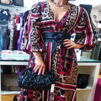 #saturdsyvibes #lookoftheday #saturdaymood #weekendvibes #weekendstyle☀️ #moodoftheday #morefollowers #jesuislesfleurs #dress #fashionlook #fashiongirl #glamourphoto #glamourstyle #totallook #loveshopping💞 #like4likes #tagforlikes #tagstagram #beautiful #📲3515329580 #contattaci🚛🏠 #contattaci📩direct #ipanemacapurso🌈