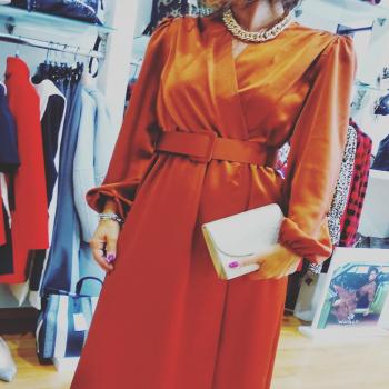 #lookoftheday☀️ #dress #zahjrabbigliamento #moodoftheday #bronzo #gold #acccessories #likefollowers #glamshop #glamourphoto #moodinspiration #like4likes #detailing #followme #following👀 #beautiful #vibes #goodvibesonly #goodshopping🚛 #vibration #folllowforlike #instagram #instphoto #instastyle #ipanemacapurso☀️