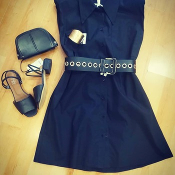 #totalblack #blackgirlmagic #dress #dressblack #shoesblogger #shoesblack #pixishoes #zahjrcollection #accessories #nali #detailsoftheday #instalook #instafashion #fotografer #followme #followme #girly #prettywoman #glamourgirl #glamourstyle #influencer #instalike #ipanemacapurso♥️