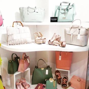 ‼️ saldiiiii ‼️ #bag&shoes #bags #silvianheach #cafenoir #nali #blogger #shoppingbags #shoppingaddict #shoppingtime #fashiondiaries #moodoftheday #girly #like4likes #mondaymood #foolow #fashiondiaries #beautiful #pink #green #coloridestate #ipanemacapurso🌈