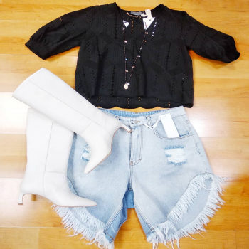 #lookoftheday #sportystyle #jeanslovers #shorts #glamfanatics #glamshop #blog #girly #girls #stylegram #styleinspiration #moodoftheday #likefollowers #glamourphoto #moodinspiration #moodoftheday #loveshopping💞 #like4likes #glamourphotography #tagforlikes #tagstsgram #denimstyle #instagood #instastyle #instagram #following #trendy #ipanemacapurso♥️